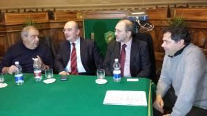 Anselmi con i tre tecnici dell'SMC in sala consiliare