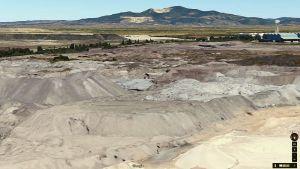Cumuli dentro stabilimento Lucchini (Fonte Google Maps)