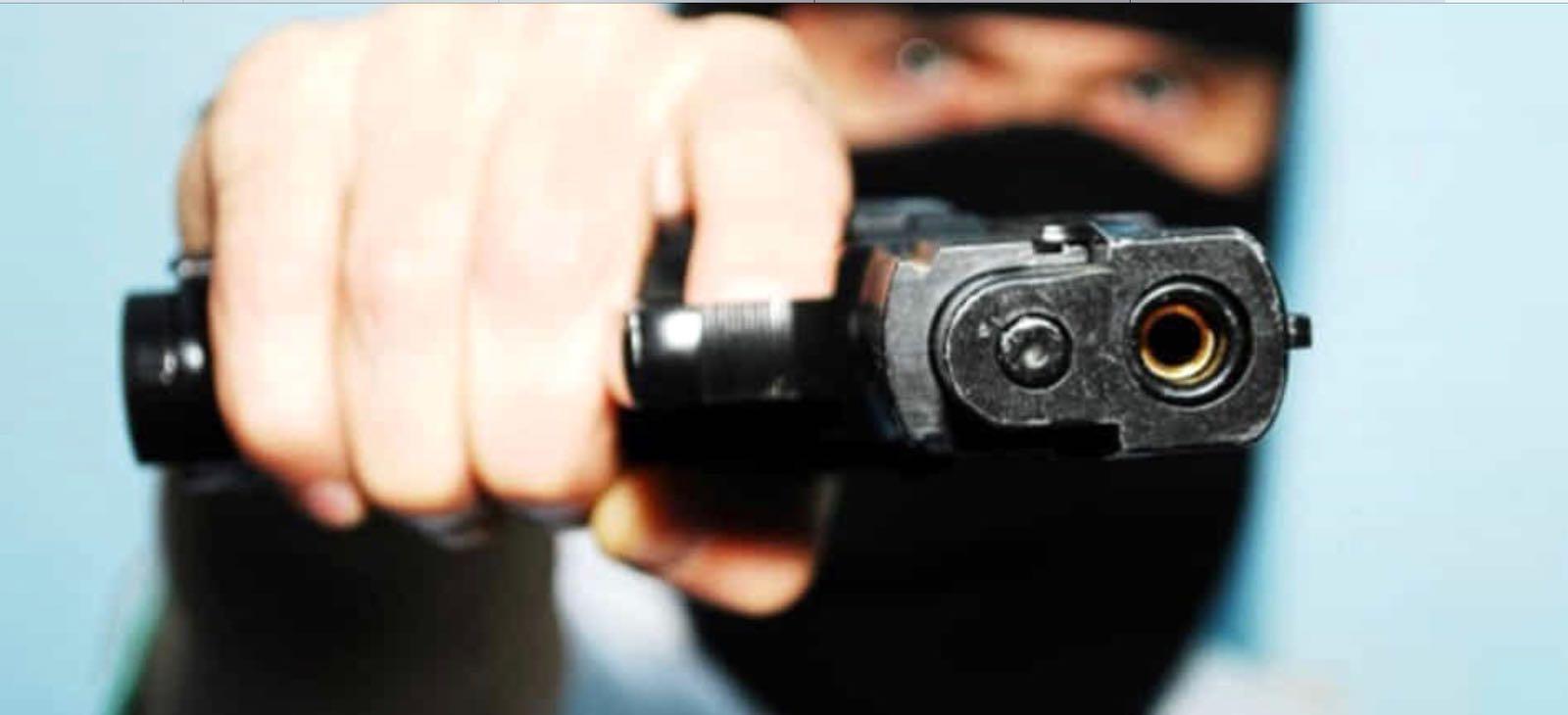 Paternò, rapina a mano armata in un centro revisione