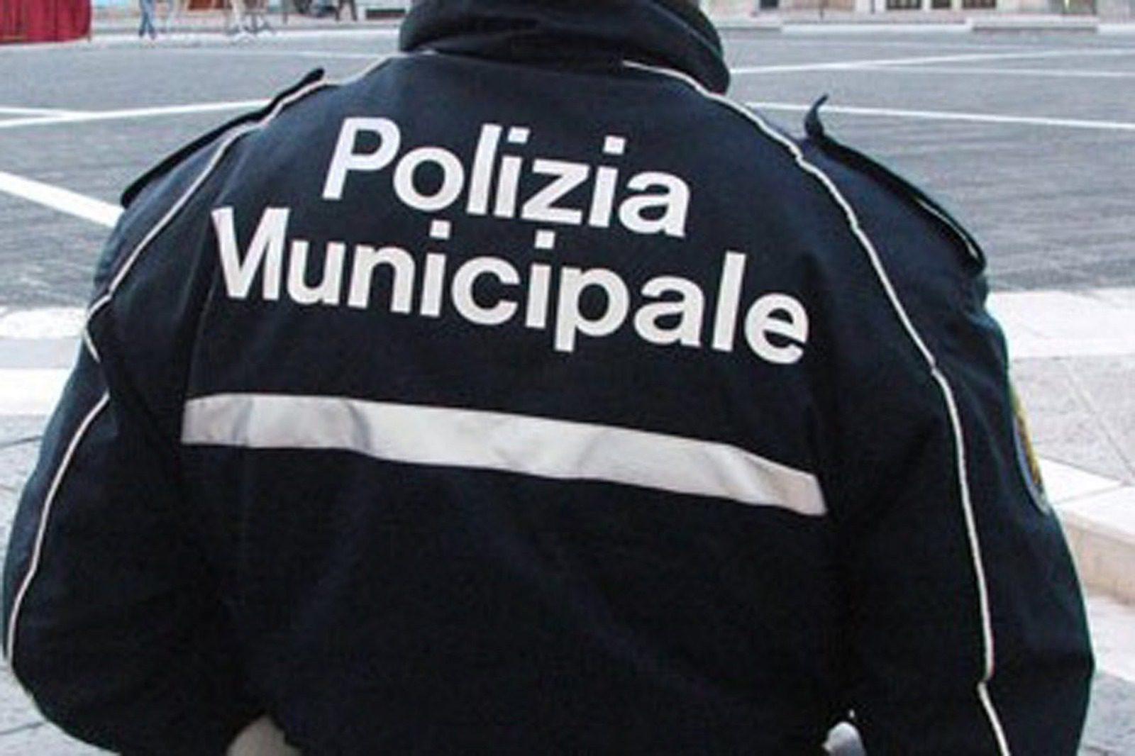 Biancavilla, scontro tra due auto in via Arti e mestieri: ci sono 3 feriti