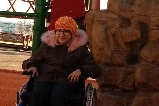 Adrano, Chiara non ce l'ha fatta: 3 mesi fa la raccolta fondi per aiutare la 12enne sulla sedia a rotelle