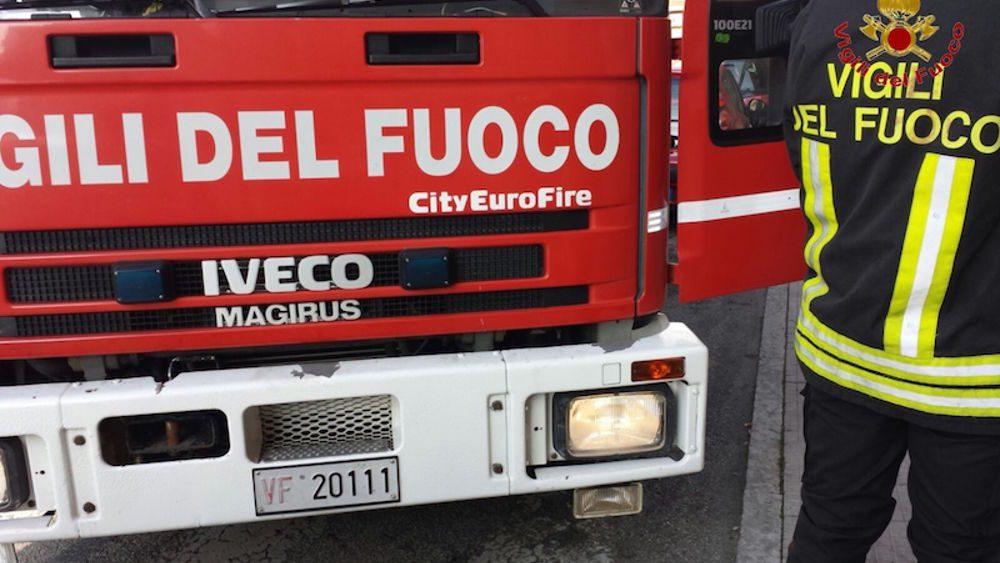 Paternò: appartamento in fiamme in via Pò