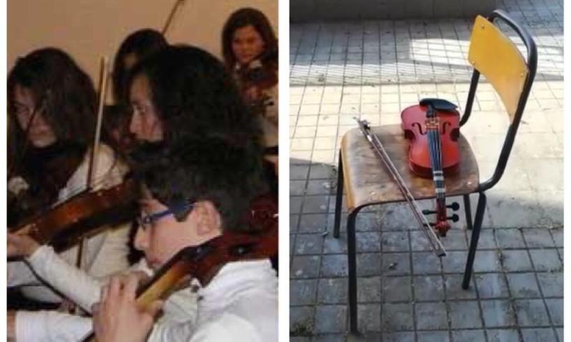 Adrano, 'Bella ciao' per l'addio dei ragazzi dell'Orchestra Falcone e Borsellino: lasciati i locali di via Roma