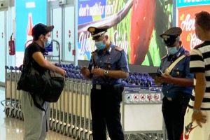 Catania, una 60enne di Niscemi ruba un trolley in aeroporto: denunciata dopo verifica filmati di video-sorveglianza
