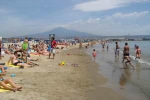 Catania, tutti pazzi per le spiagge libere: afflusso record nel mese di luglio