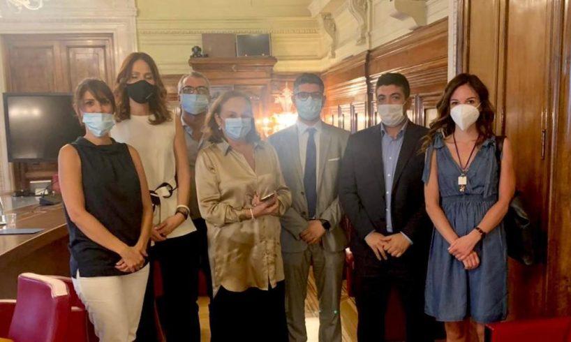 Migranti, centri d'accoglienza e tendopoli Vizzini: delegazione 5Stelle incontra il ministro Lamorgese
