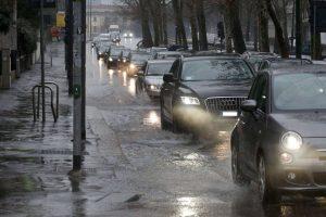 Acireale, dalla Regione via libera a intervento su via Wagner: torrente in piena quando piove