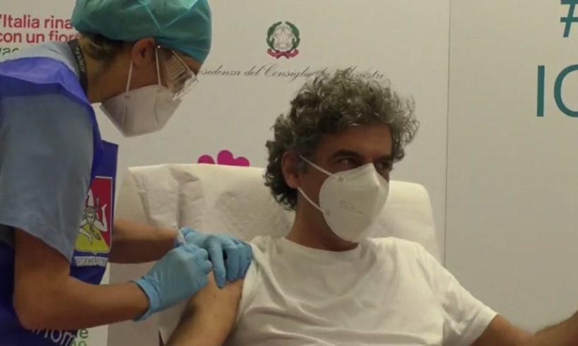 """Vaccino, in Sicilia la prima dose al primario Geraci del 'Civico'. Musumeci: """"Ci siamo fatti trovare pronti"""""""