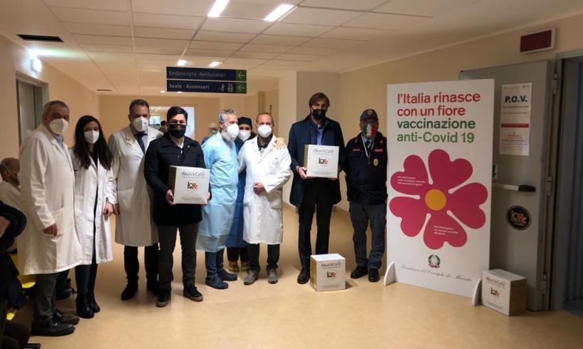 Catania, azienda di torrefazione dona macchina del caffè all'ospedale San Marco: un 'grazie' per le vaccinazioni in corso