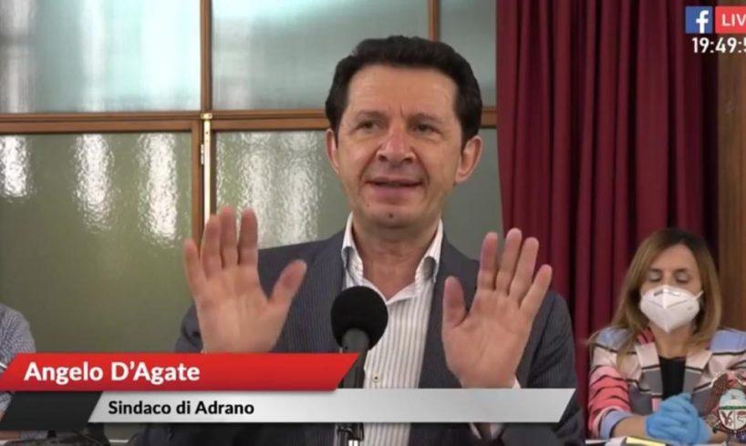 """Adrano, D'Agate ai 15 firmatari della 'sfiducia': """"State buoni se potete"""". Delusi i consiglieri"""