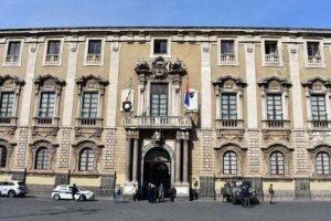 Dissesto Catania, Corte dei Conti annulla interdittiva per ex sindaco Bianco e giunta: risarcimenti ridimensionati