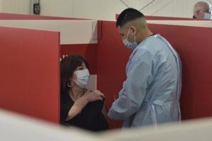 Vaccino, in Sicilia è l'ora dei 40enni: da lunedì via alle prenotazioni