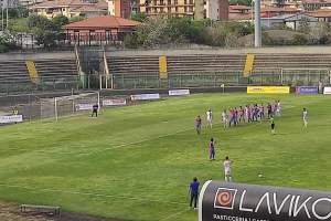 Calcio, il Paternò torna con un punto da Acireale: il pareggio con un rigore di La Piana