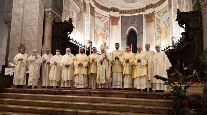 Catania, l'Arcivescovo Gristina ordina 5 nuovi diaconi: due diventeranno preti