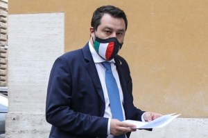 """Salvini: """"Entro giugno federazione tra le forze del centrodestra e gruppi unici alla Camera e Senato"""""""