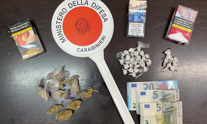 Paternò, nel garage nascondeva 57 dosi di cocaina e 10 di marijuana: 44enne arrestato