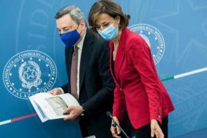 Giustizia, Draghi e Cartabia trovano l'intesa con il M5S: testo riforma in aula domenica