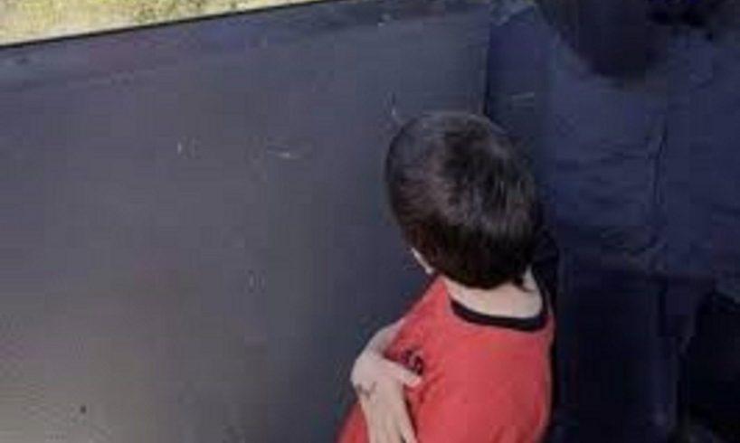"""""""Rapito"""" dal nonno e portato in Israele il piccolo Eitan: è l'unico sopravvissuto al disastro della funivia del Mottarone"""