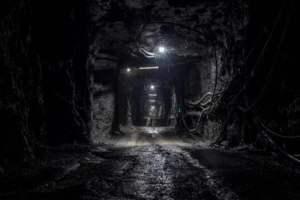 Canada, 39 minatori intrappolati sotto terra: arriva squadra di salvataggio