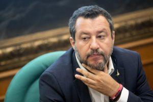 """Sul caso Luca Morisi, indagato per droga, """"mi sembra che nei confronti della Lega ci sia un trattamento arrogante e supponente"""" e che """"l'attacco nei confronti della Lega sia indegno di un Paese civile""""."""