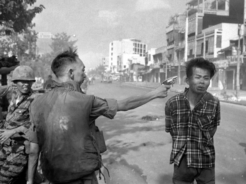 General Nguyen Ngoc Loan executing a Viet Cong prisoner in Saigon
