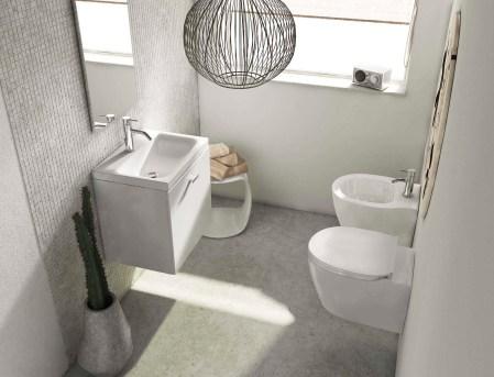 bagno quadrato e piccolo servizi igienici e mobili