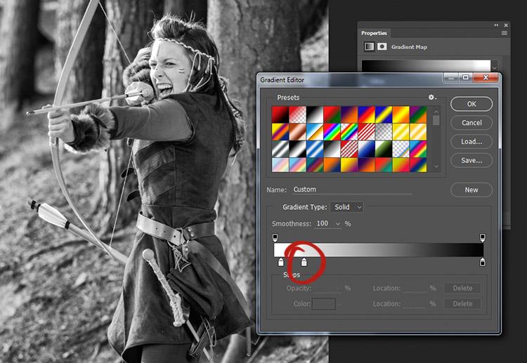 Per controllare i toni medi della tua immagine, crea un nuovo slider nel gradient editor cliccando e trascinando il nuovo slider che appare sotto la barra di gradiente