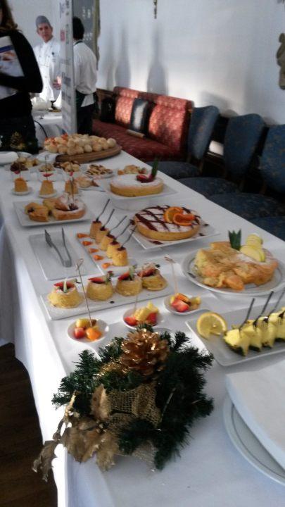 20150303 162508 405x720 the breakfast