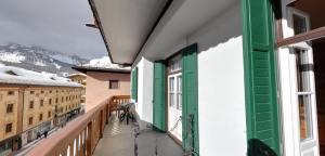 %name vista terrazza albergo montana