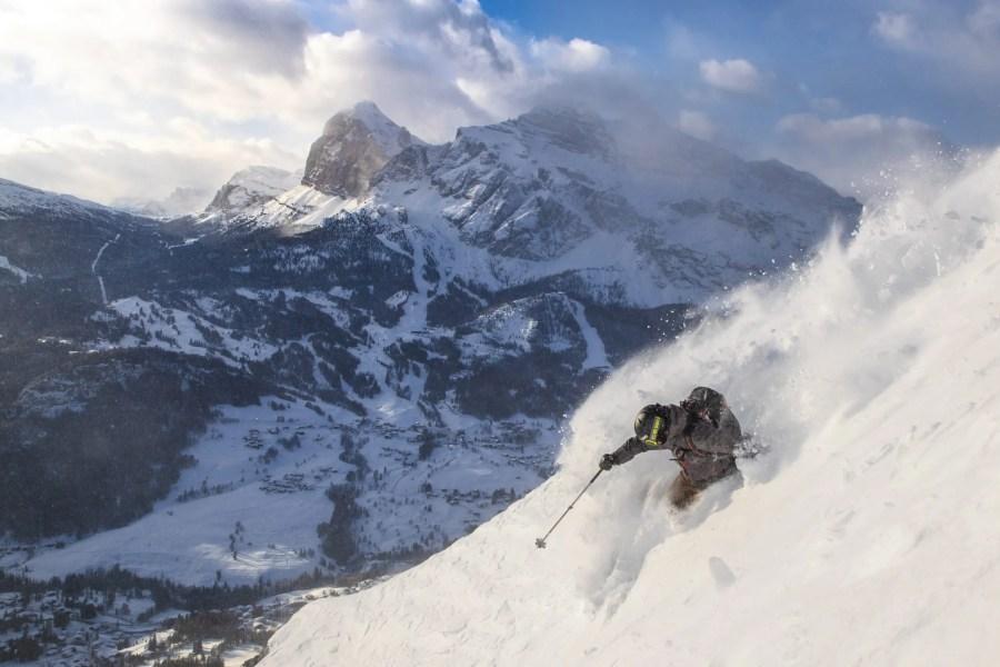 Freeriding in Cortina - Winter media kit Cortina 2021-22 - Credits Outdoorstudio