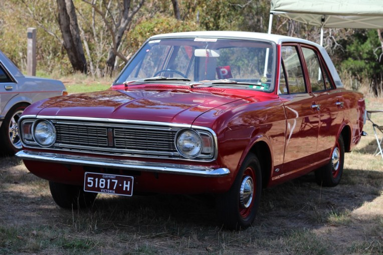 Cortina MK2 Red1