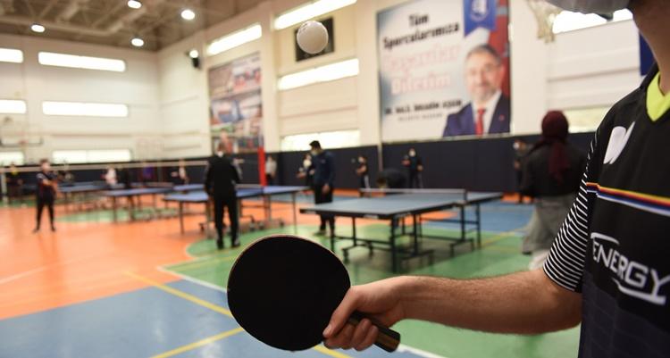Yağbat'tan Masa Tenisi Antrenörlük Kursuna Ziyaret
