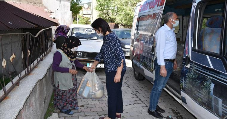 İskilip'te Ramazan Yardım Paketlerinin Dağıtımı Devam Ediyor