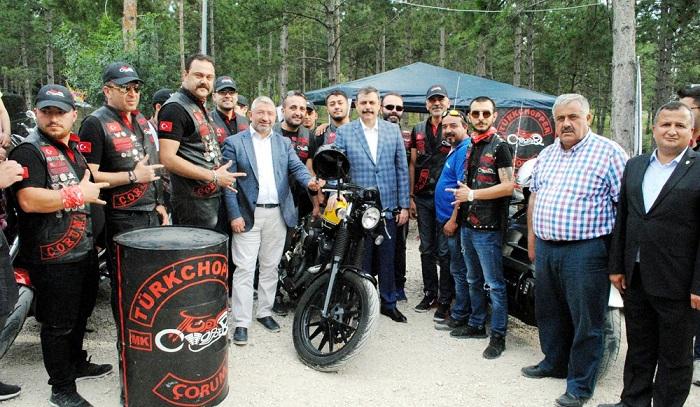 MOTORCULAR FESTİVALE RENK KATTI