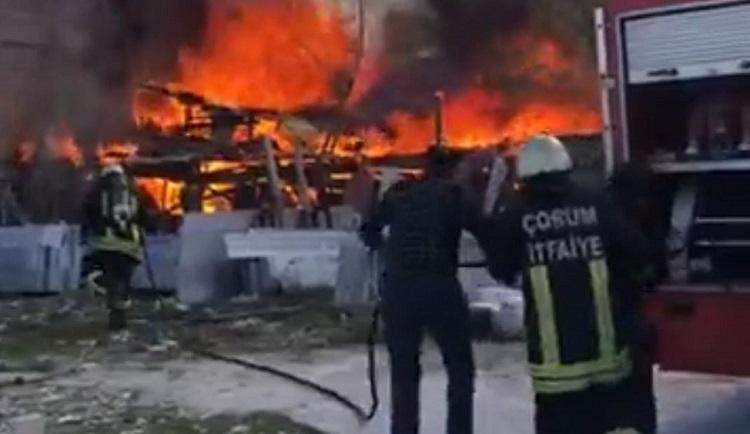Keresteciler Sitesinde yangın çıktı