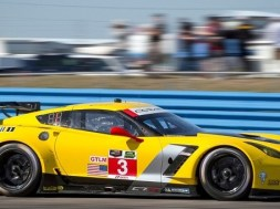 Corvette-Racing-C7.R-Le-Mans-700×340