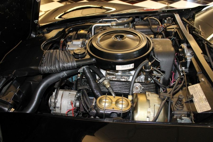 1978 Corvette Indy Pace Car Replica - L82 Engine