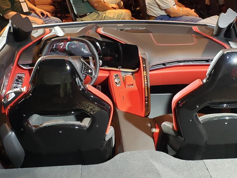 2020 C8 Corvette Interior Display