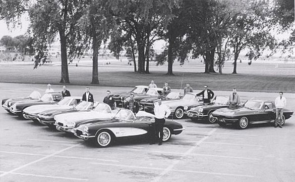 [PIC] Throwback Thursday: Cedar Rapids Corvette Club in 1963