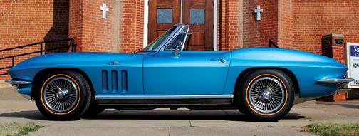 auction-corvette-saint-b.jpg