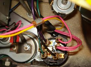 Ignition switch wiring, 2 extra dark green wires