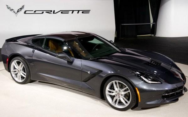 Corvette-C7-600x