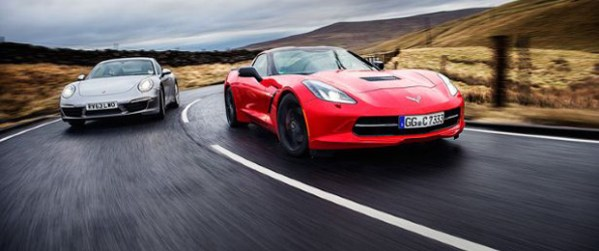 Porsche 911 vs C7 Corvette Stingray