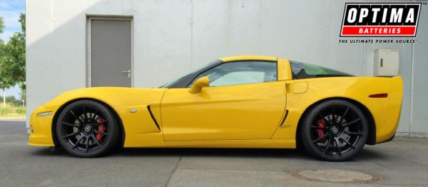 2006 Chevrolet Corvette Z06 (C6) Velocity Yellow Home