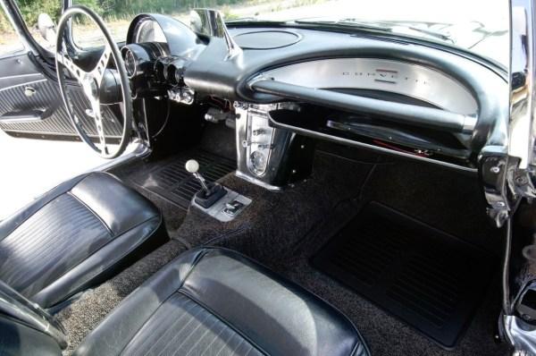 1962 Chevrolet Corvette (C1) with RPO 687 (3)