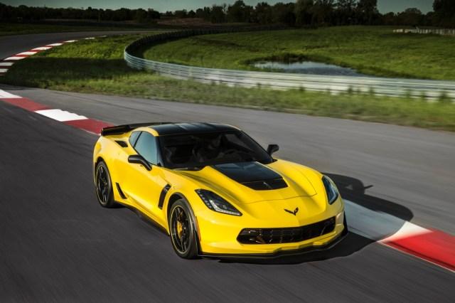 2016 Corvette Z06 C7-R Special Edition (9)