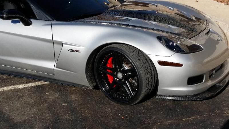 z06-brake-calipers