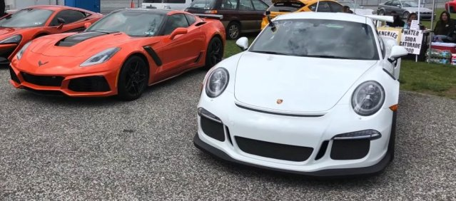 Porsche GT3 RS and C7 Corvette ZR1