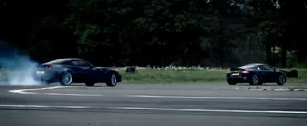 Corvette Chases R8
