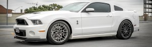C7 Corvette Z06 Gets Gapped by Mustang Shelby GT500 Corvetteforum.com